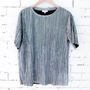 Urban Outfitters Metallic Silver Textured Tee - M